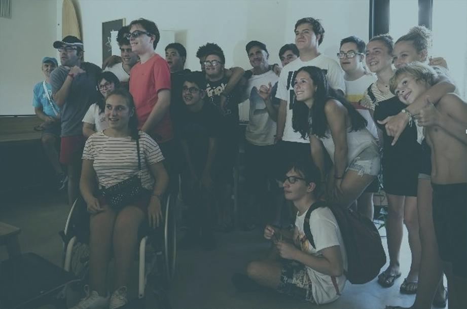Grupo de personas con diversidad funcional